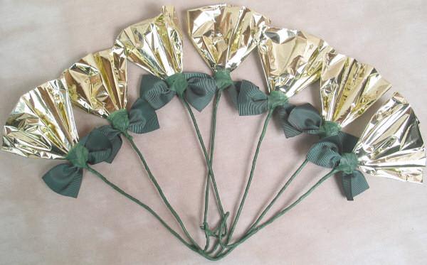 Rosettes Gold & Green