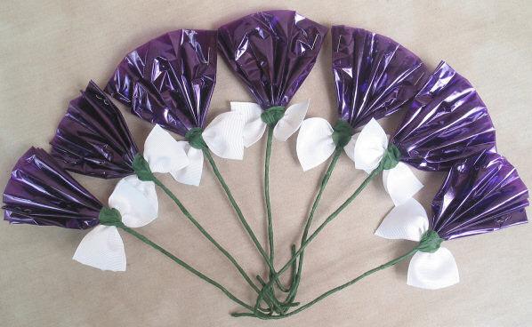 Rosettes Purple & White