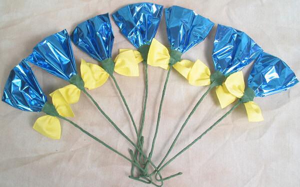 Rosettes Blue & Yellow